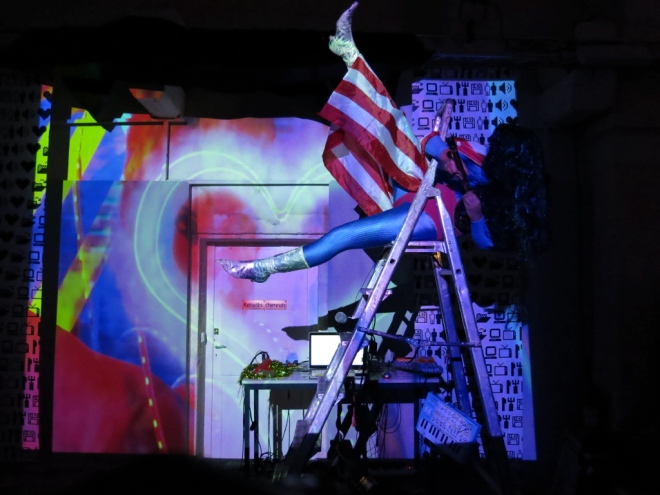 John Deneuve Performance Databitme 2015